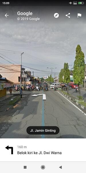 belok kiri ke Jalan Dwiwarna